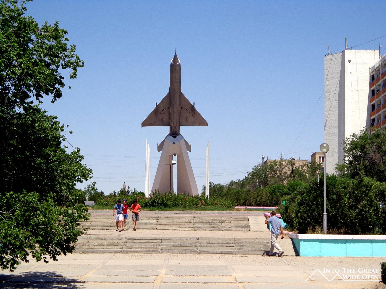Aktau Kazakhstan  city images : MIG Fighter Plane monumnet